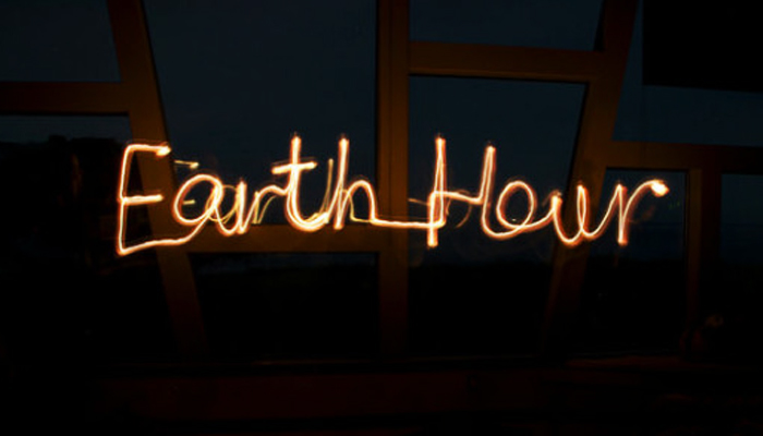 TURN OFF THE LIGHT AND TURN ON THE CHANGE WITH EARTH HOUR